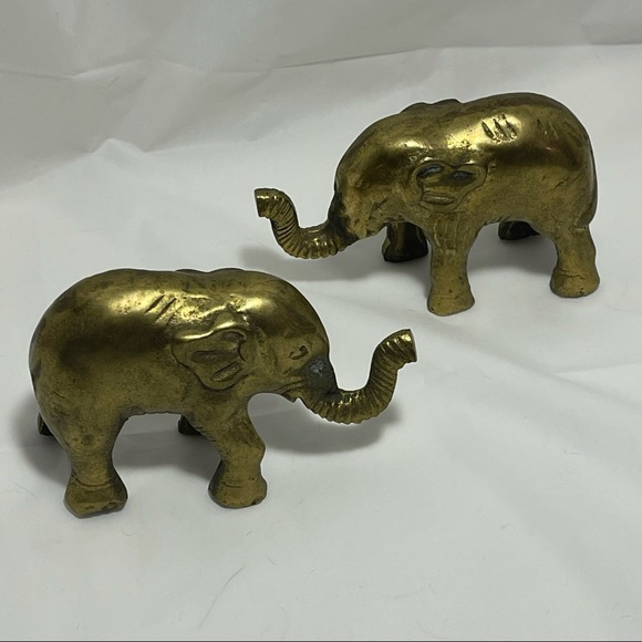 2 vintage BRASS ELEPHANTS | bookend or paperweight